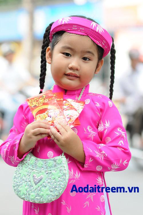 Áo dài trẻ em - Họa tiết đồng xu lá trúc hồng