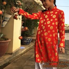 Áo dài bé gái họa tiết đồng xu màu đỏ