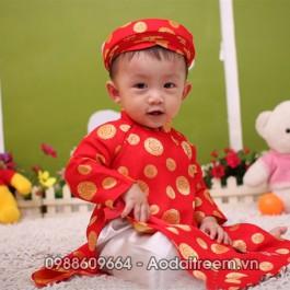 Áo dài bé trai đồng tiền màu đỏ cho bé 2 tuổi