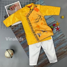 Set áo dài cách tân be trai Vinakids họa tiết đèn lồng màu vàng  kèm quần